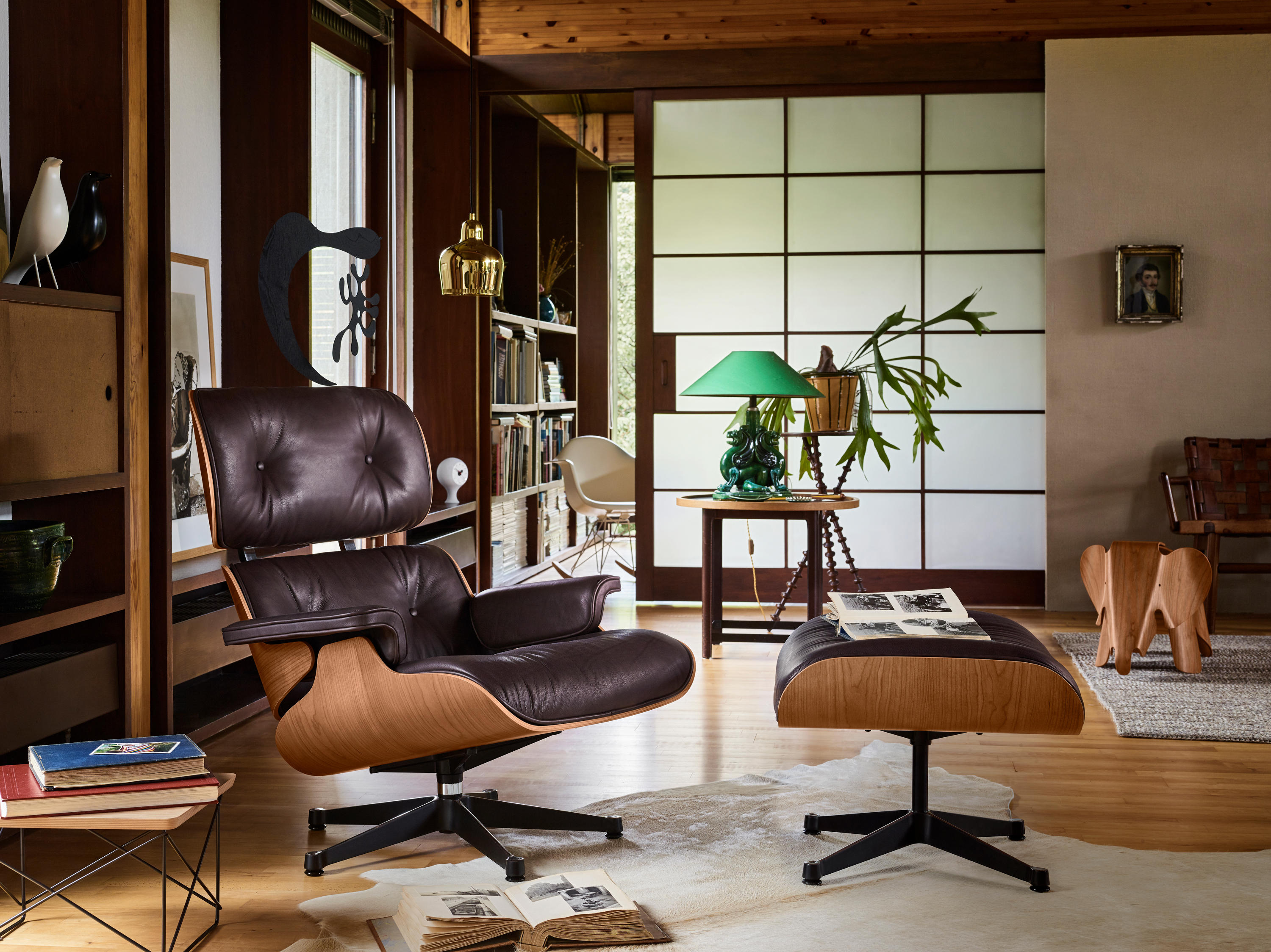 Eames Lounge Chair Living Room this eames lounge chair and ottoman replica should get a